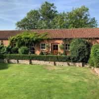 Stable Cottage, Hull, hotel in Withernwick