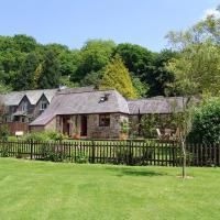 Honey House, Combebow, Lewdown, hotel in Bridestowe