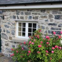 Charlie's Cottage, Nenagh, hotel in Lorrha