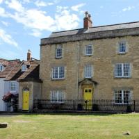 Horsebrook House Apartment, CALNE