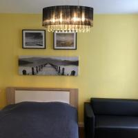 Leonia- Apartamenty i Pokoje Gościnne, hotel in Iwonicz-Zdrój