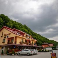 Pensiune Restaurant ROUTE60, hotel in Ciucea