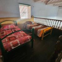 Casa con piscina y 4 cuartos, hotel near Olaya Herrera Airport - EOH, Santa Fe de Antioquia