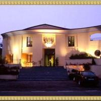 Polo Hotel, hotell i Usmate Velate
