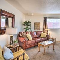 'The Bee's Knees Cottage' Less Than 3 Mi to Wineries!, hotel in Grand Junction