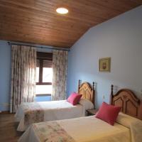 Casa rural San Isidro, hotell i Valdepiélagos