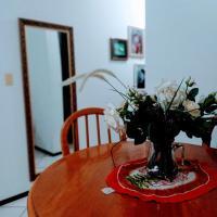 Anfitriã Priscilla, hotel near Joinville-Lauro Carneiro de Loyola Airport - JOI, Joinville