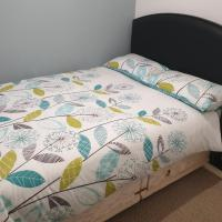 Cosy double bedroom, Poole Dorset Homestay