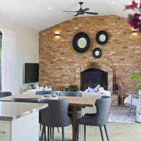 EMBRACING EVANDALE - Hosted by L'Abode Accommodation