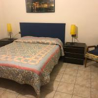 """B&B """" Guzzi - Inn """", hotel a Mandello del Lario"""