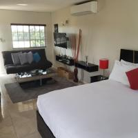 RVH by Comfort Resorts, hotel near Norman Manley International Airport - KIN, Kingston