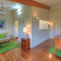 Village Stays Coldstream Gallery Apartment