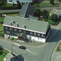 Gasthaus & Pension Am Rennsteig, hotel in Spechtsbrunn