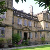 Bagshaw Hall, hotel in Bakewell