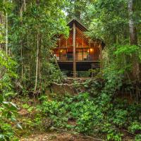 The Canopy Rainforest Treehouses & Wildlife Sanctuary, hotel in Tarzali