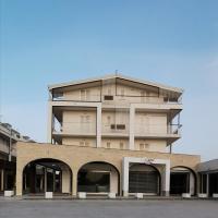 Sun House Apartment, hotell i Sant'Antimo