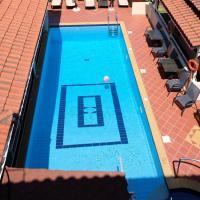 Taxiarchis Apartments, hotel a Città di Skiathos