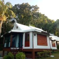 Le Passe-Temps, hotel in Tha Lane Bay