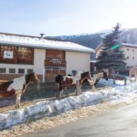 Paclera Hof Agrotourismus, hotel in Santa Maria Val Müstair