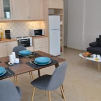 Modern Apartment with Lovely Terrace and Sea View, hotel in Koutouloufari