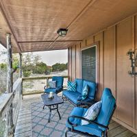 Spacious, Private and Peaceful Hill Country Retreat, hotel in Spring Branch