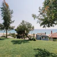 Borealis Sea Side Villa, Moudania, hotel in Nea Moudania