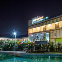 Three Eight Front One Boutique Batu Malang, hotel in Batu