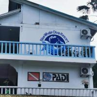 Blue Whale Dive Resort, hotel in Puerto Galera