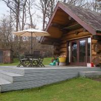 Lyne View, Log Cabin