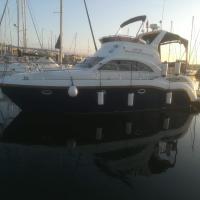 Luxury Boat, hotel in Arklow