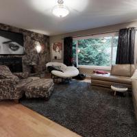 Serene Escape 3 Bedroom, hotel em Victoria