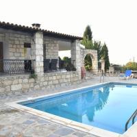 Lasa Black Rock villa, hotel in Paphos