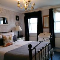 Riverside Court Apartment, hotel in Barnstaple