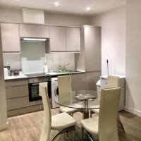 Apartment No 4 whole property, Parking, Aldershot