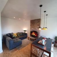 Newly Refurbished House With Free Parking!