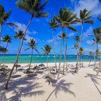 Resort TrueCost Caribbean Deluxe Suite, hotel in Punta Cana