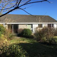Unique Garden Centre Country Cottage, hotel in Fraserburgh