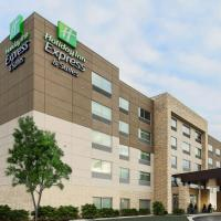 Holiday Inn Express & Suites - Chicago O'Hare Airport, hotel near Chicago O'Hare International Airport - ORD, Des Plaines