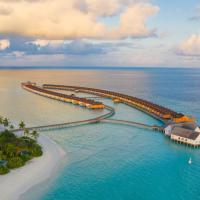 The Standard, Huruvalhi Maldives, hôtel à Raa Atoll