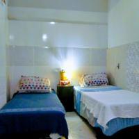 Cosy Apartment for 4 in favela Copacabana, hotel in Lagoa, Rio de Janeiro