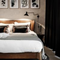 The Palamedes - Boutique Style Bed & Coffee