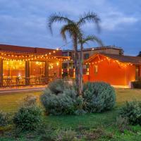 Domus Porto Di Traiano Resort, hotel near Fiumicino Airport - FCO, Fiumicino