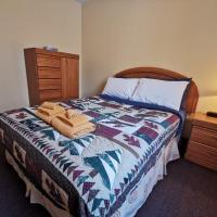 Alpine Meadows Lodge, hotel em Golden