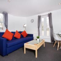 Bristol apartment with Large Sunny Balcony + parking