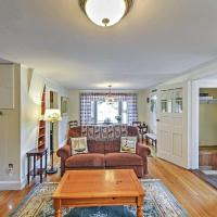 Alluring 3BR South Yarmouth Home Near Beaches!