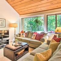 Lincoln Condo with Amenities and Shuttle to Loon!