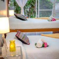 Villas en Comala, casa club con alberca salada, céntricas, hotel en Comala