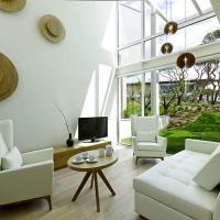 Oitavos Villa Sleeps 5 with Pool and Air Con