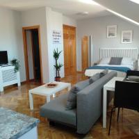 AIRPORT/IFEMA Estudio en Barajas, Hotel in der Nähe vom Flughafen Madrid-Barajas - MAD, Madrid