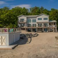 Georgian Bay Beach House~A designer's dream!
